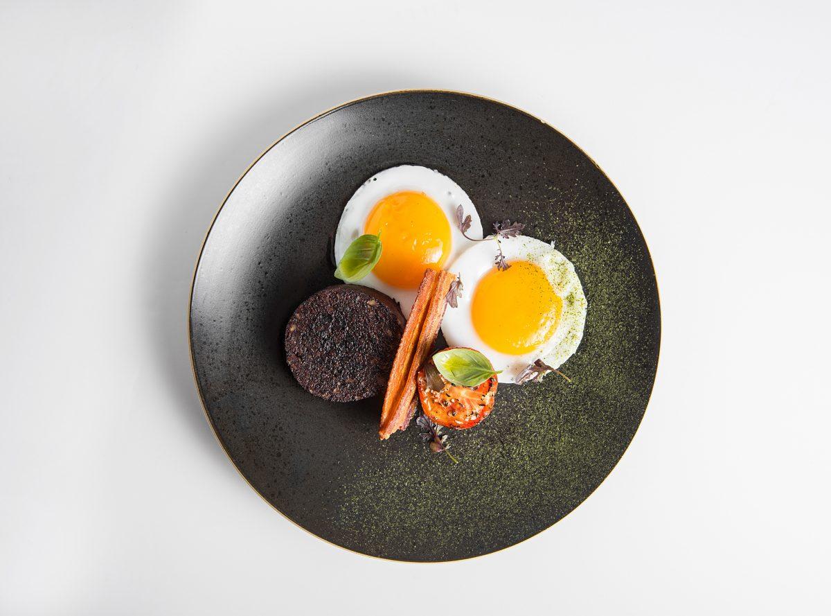 boudin noir birds eye view dish meal plate